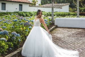 First Look, wedding photography, romantic